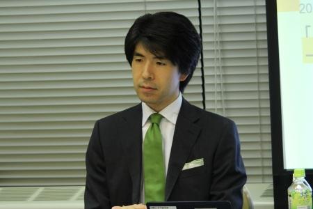 鈴村 裕輔 氏