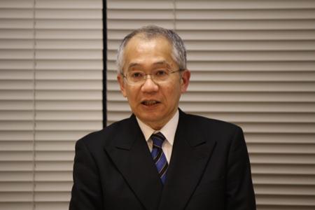発表の様子:橋爪大三郎教授
